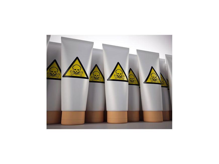 4 косметических ингредиента которые не стоит использовать весной и летом.